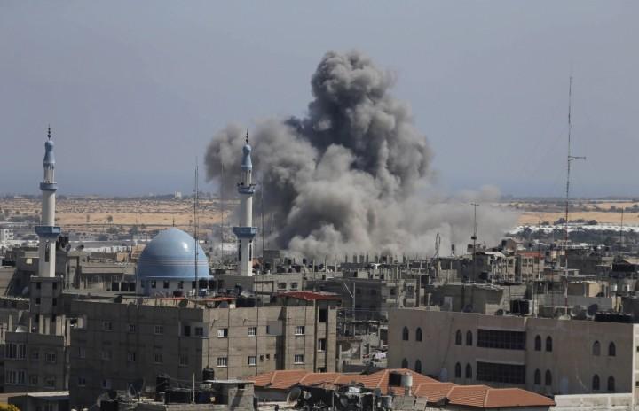 Israel membombardir masyarakat Gaza
