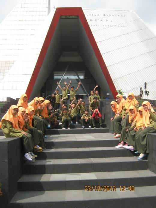 Pembelajar ulung SMP IT Alam Nurul Islam