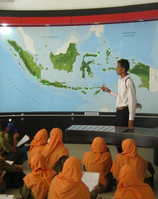 Sebaran Gunung Api tipe C di Indonesia