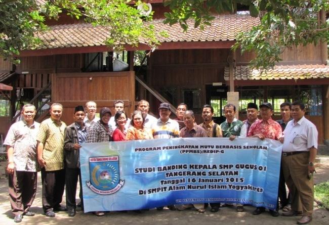 Kepala SMP Gugus 01 Tangerang Selatan