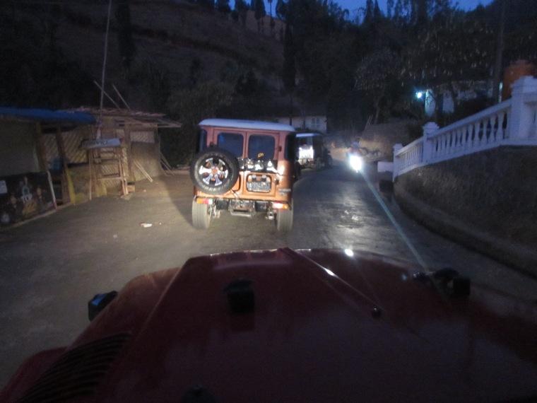 Perjalanan menuju kaldera